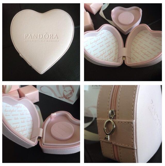 2015 Promotions Pandora Addict